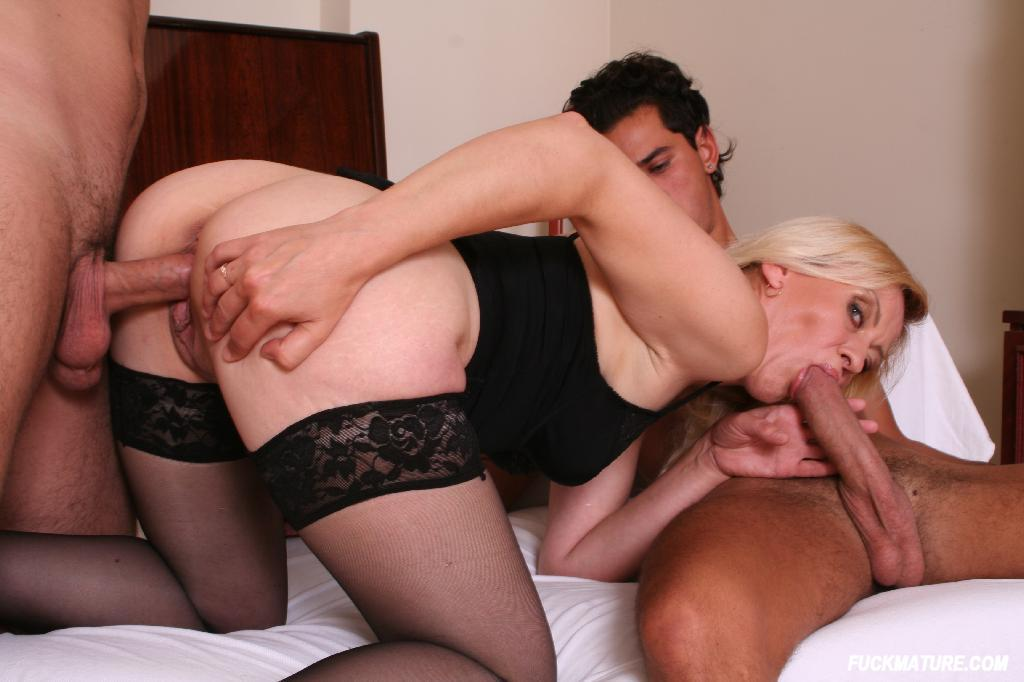 Best in interracial anal